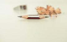 Beidseitiger Bleistift Symbolbild duales Studium