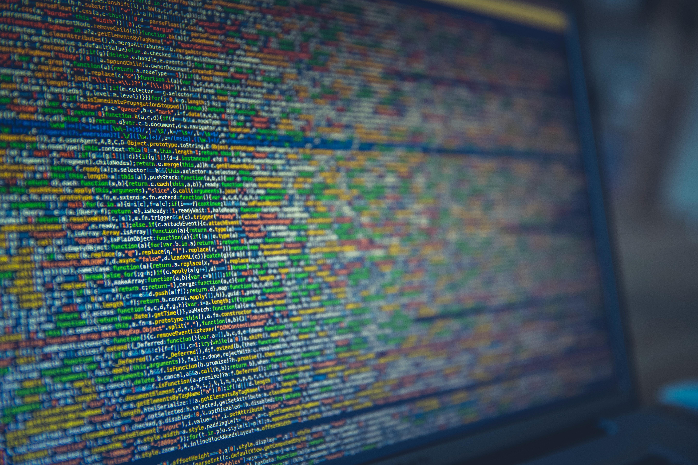 Computer Code Symbolbild Informatiker Gehalt
