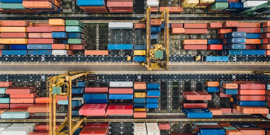 Container als Symbolbild fuer Projektmanager Aufgaben