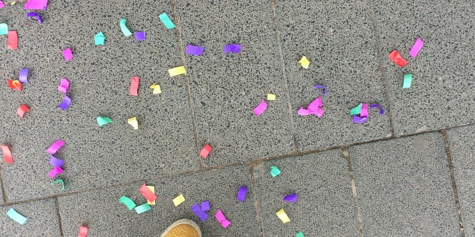 Konfetti Symbolbild Nachwuchspreis Nachwuchswissenschaftler des Jahres