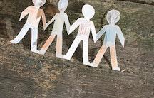 Papiermensch Symbolbild Sozialarbeiter Gehalt