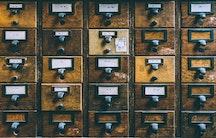 Schubladen als Symbolbild fuer Patentanwalt Berufsbild