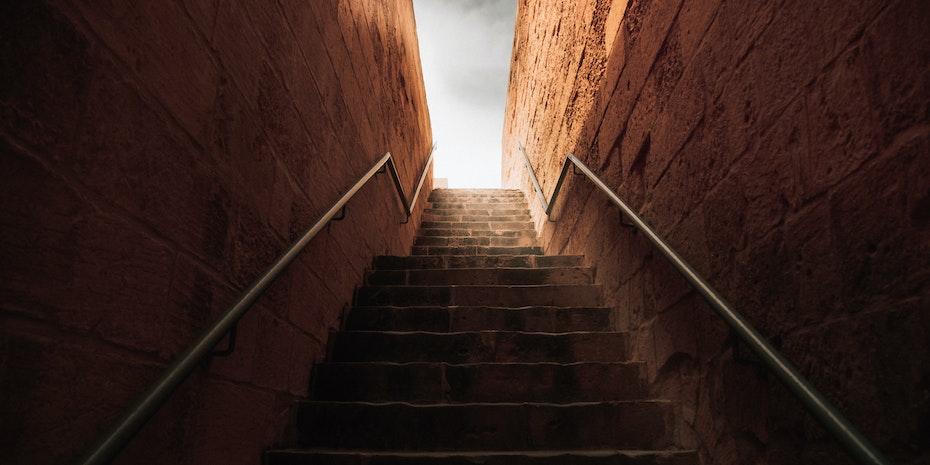 Treppe Symbolbild Berufsaussichten Chemie