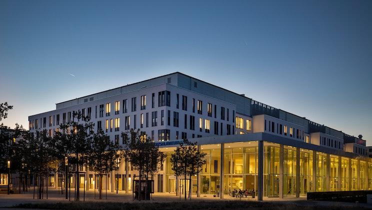 Uniklinikum Jena - Blaue Stunde